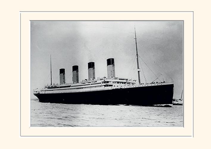 Titanic (2) Memorabilia
