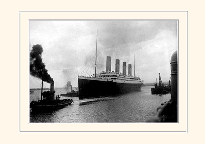 Titanic (4) Memorabilia