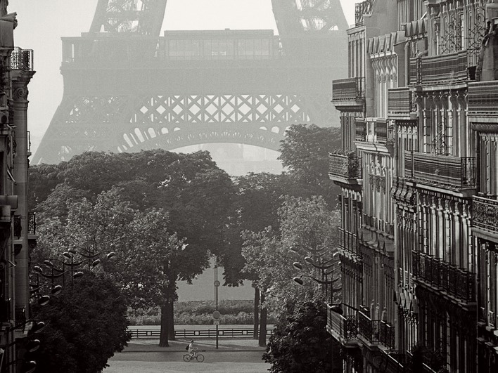 Pete Seaward (Eiffel Tower, Paris) Canvas Prints