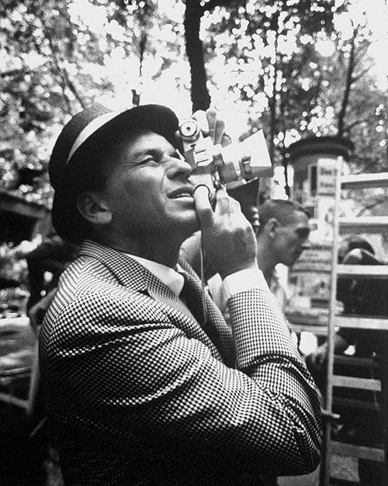 Time Life (Frank Sinatra - Camera) Canvas Print