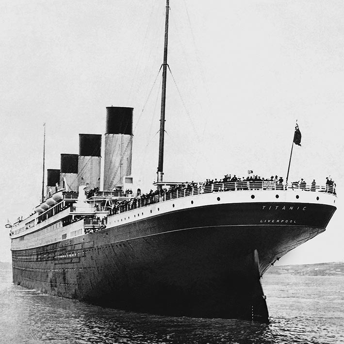 Titanic (Stern View) Canvas Print